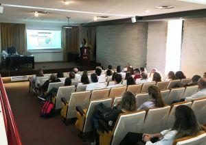 El Hospital Vega Baja crea un protocolo de actuación para prevenir y tratar la gripe