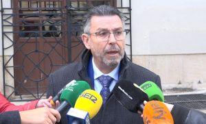 Pineda critica el proyecto de trazado ferroviario entre Orihuela y Torrevieja