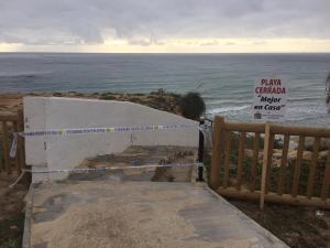 Cerradas todas las playas de la Vega Baja