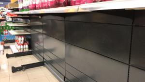 "Ximo Puig insta a ejercer un ""consumo responsable"" ante la emergencia por Coronavirus"