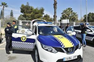 La Policía Local de Torrevieja cuenta con 12 nuevos vehículos