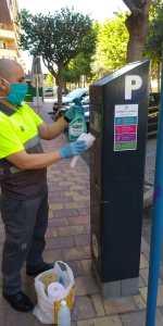 Infraestructuras y Seguridad Ciudadana avanzan una serie de medidas higiénico-sanitarias para el uso de los parquímetros de la ORA