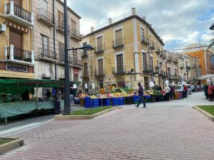 """El término municipal de Orihuela reabre sus 11 mercados bajo las medidas de seguridad establecidas durante la """"Fase 1"""" de la crisis sanitaria por el Coronavirus"""