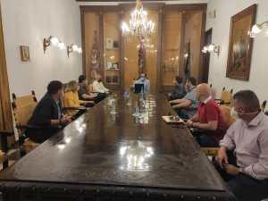 El Ayuntamiento de Orihuela adapta el horario de peatonalización los fines de semana para facilitar el acceso a los comercios