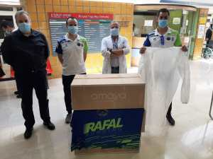 El Club Deportivo Rafal Running dona 2.000 batas quirúrgicas al Hospital Vega Baja gracias al Reto 24 horas benéfico