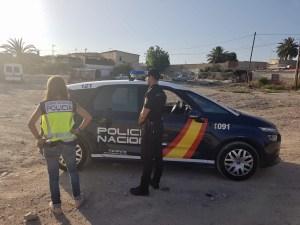 La Policía Nacional detiene en Orihuela a un fugitivo reclamado por la justicia portuguesa por transportar mas de 2.400 kilos de hachis