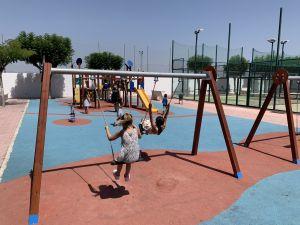 San Fulgencio establece multas de hasta 1.500 euros a usuarios de monopatines o patines que circulen por zonas peatonales