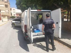 La Policía Local de Almoradí denuncia a un vendedor de pescado ambulante