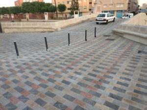 El centro urbano de Rojales recupera la normalidad tras la apertura del puente del siglo XVIII al tráfico rodado y peatonal