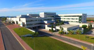 CCOO insiste en que la reversión en el Hospital de Torrevieja debe hacerse cuando finalice su contrato
