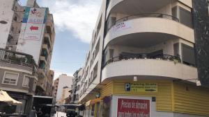 """Vecinos de Callosa rechazan que se den 22 viviendas de alquiler social en su edificio que pueden generar """"problemas de convivencia"""""""