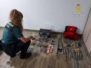 Dos detenidos en Orihuela por cuatro robos en una explotación agrícola de Monforte del Cid