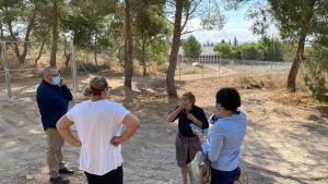 La ampliación en el cementerio de Orihuela lo acerca demasiado a las casas, según el PSOE