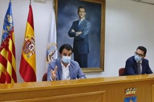El Ayuntamiento de Torrevieja estudia la creación de empresas mixtas para la gestión de diversos servicios básicos