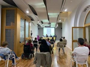 Presentación de 'Encuentros con la poesía en la Casa Natal de Miguel Hernández. 13 poetas'