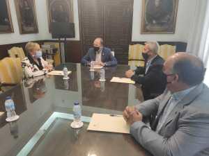Bascuñana traslada a la consellera de Sanidad las necesidades de Orihuela en materia sanitaria