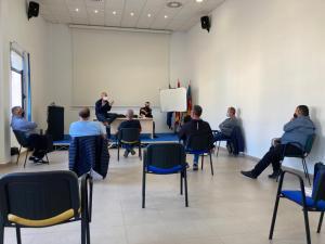 Orihuela organiza una reunión con mercaderes para analizar la situación actual del sector tras las restricciones por el COVID-19