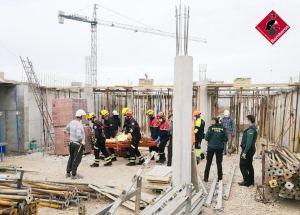 Herido un trabajador tras caer desde tres metros en una obra de Torrevieja