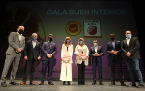 La DOP de la Granada Mollar rinde homenaje a los sanitarios en la gala de Buen Interior