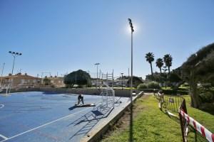 Comienzan las obras de adecuación de la pista polideportiva de La Mata