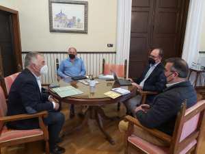 El alcalde de Orihuela y el Comisionado de Presidencia para la Vega Baja mantienen un encuentro