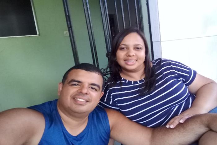 A autônoma Edilma Antune e o marido, Douglas Alves, estão curados da Covid-19. (Foto: Arquivo Pessoal)