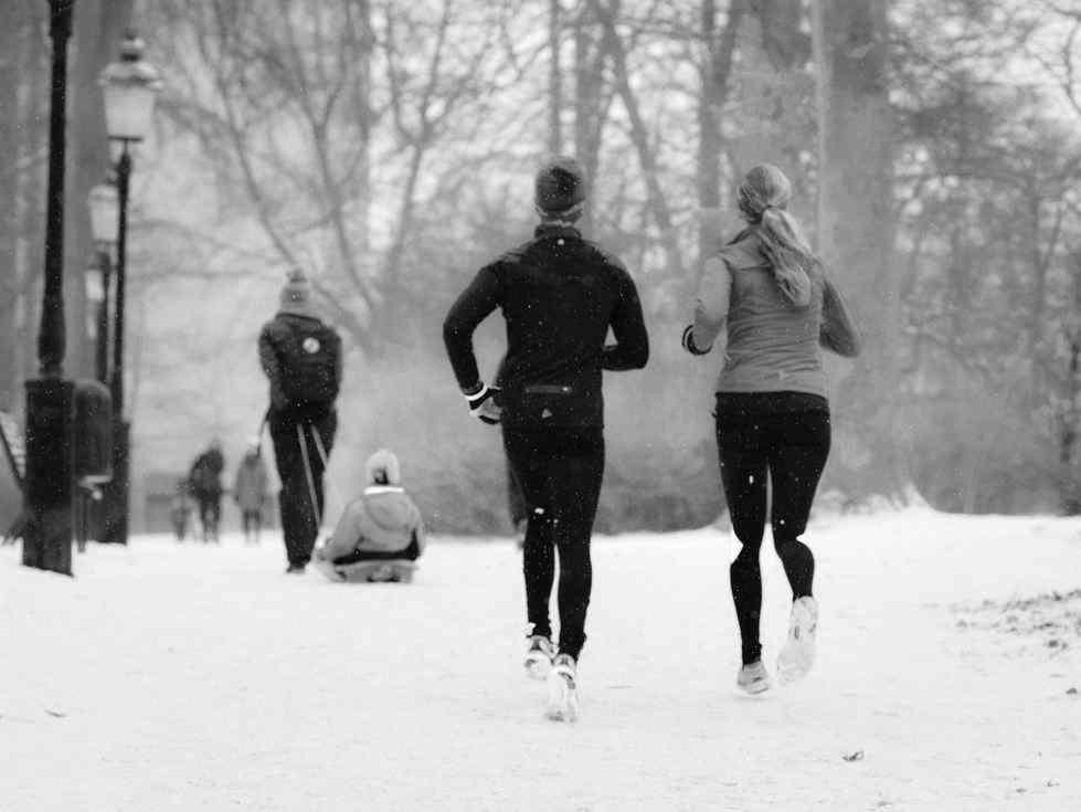 Correr bajo la lluvia y en invierno