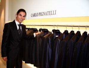 Julio Iglesias Jr. inaugura la nueva tienda de Carlo Pignatelli
