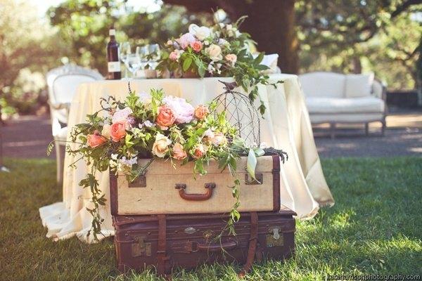 rincon maletas flores - Las Maletas Vintage estan Totally de Moda!