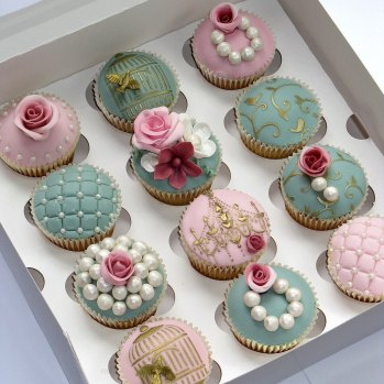 Pink-and-Green-Wedding-Cupcakes