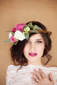 Como elegir el tocado de novia corona de flores