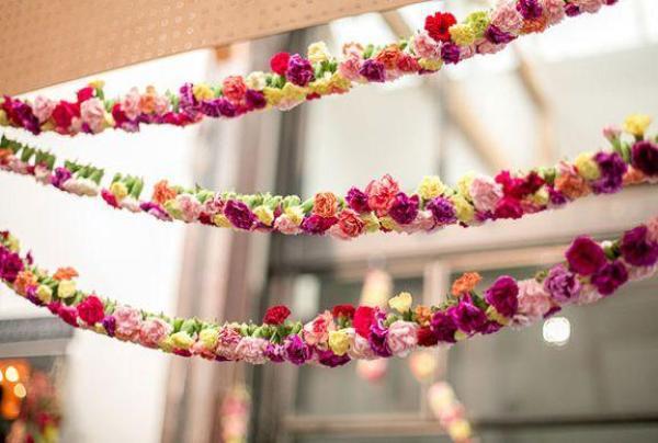 guirnalda de flores artificiales coloridos