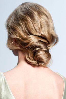 Peinados para bodas desenfadados para invitadas y novias (2)