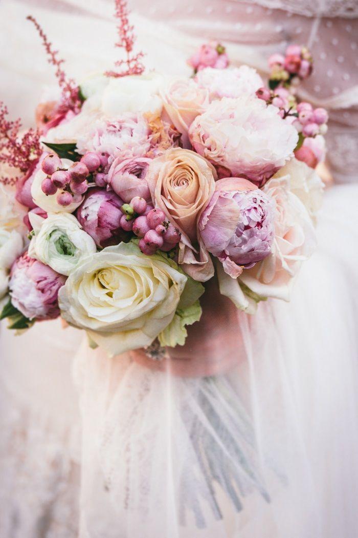 ramo de novia con Peonías lila