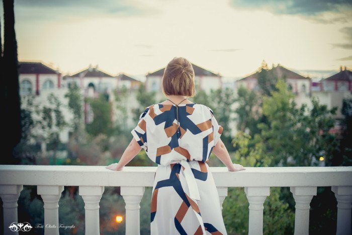 look de fiesta vestido geometrico shein