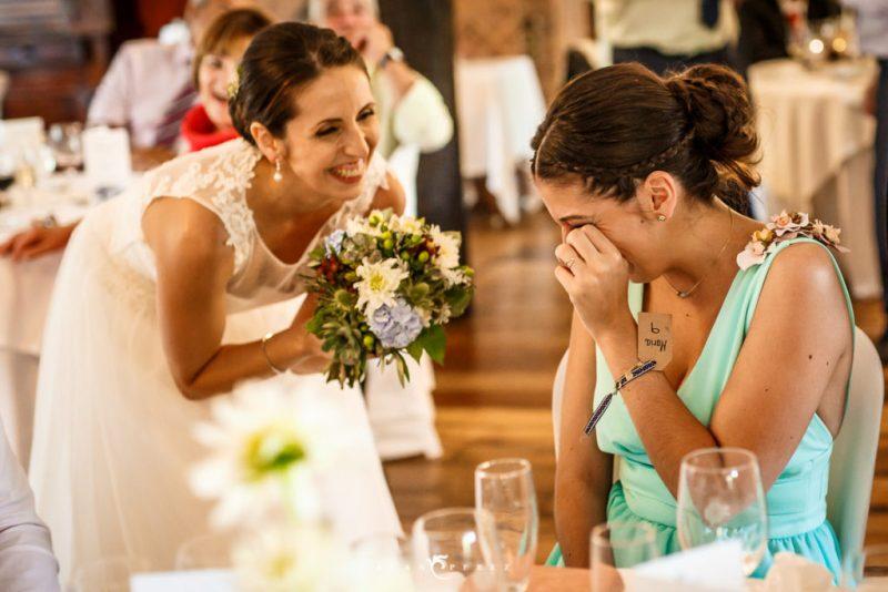 entrega de ramo de novia especial - canciones personalizadas para bodas