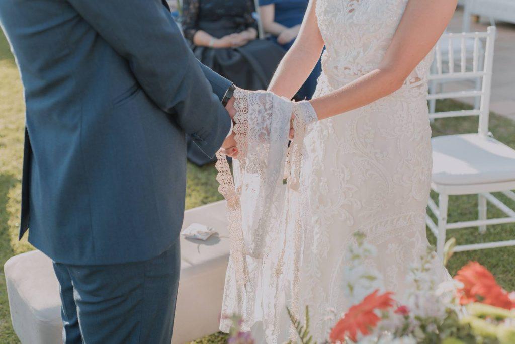 Ceremonia del atado de las manos Diana Lacroix