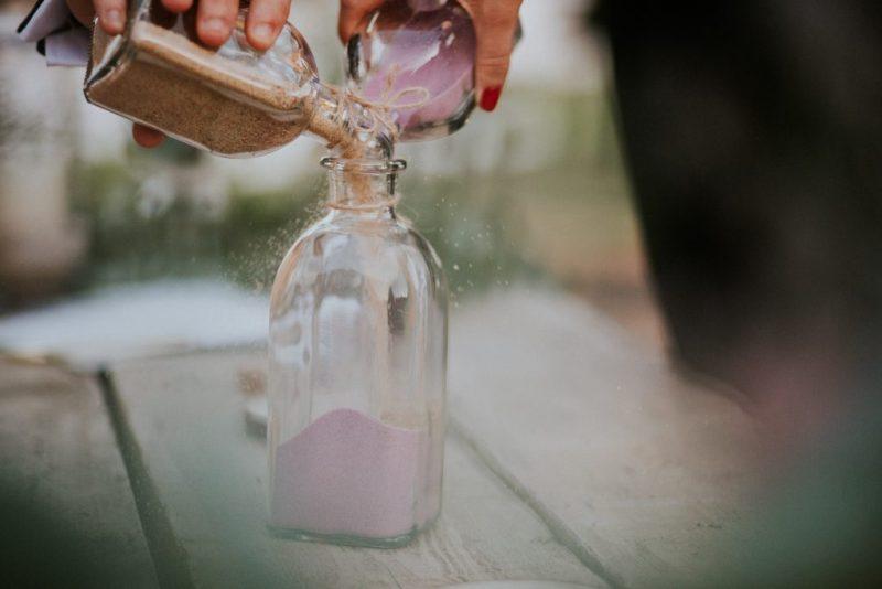 como realizar la ceremonia de la arena