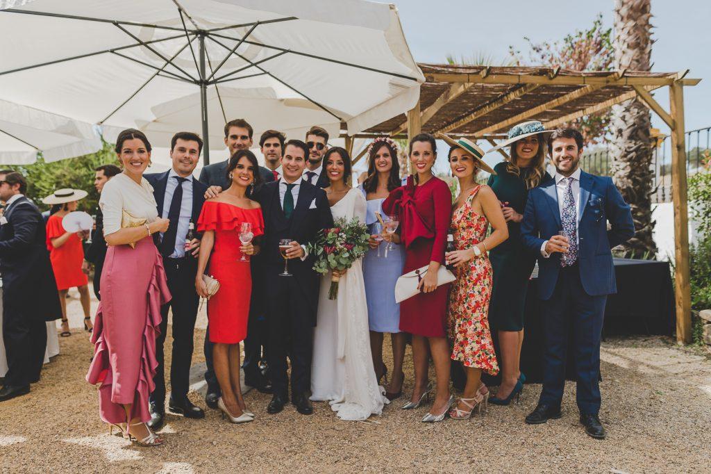 boda de raquel y tana con mascota 9 - La Vida es un Guateque