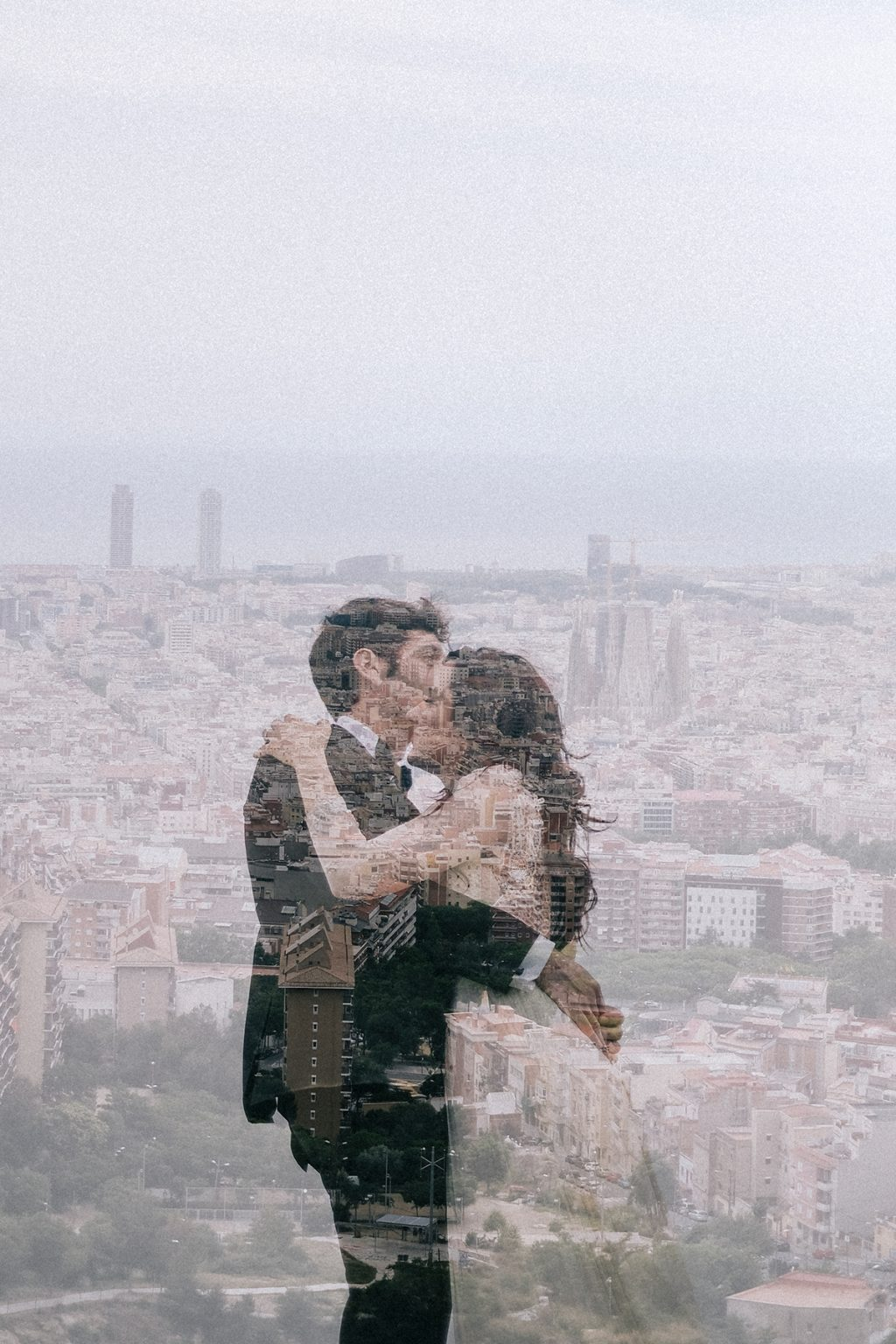 fotografo de bodas barcelona xavier baragona 7 - La Creativa Mirada de The Love and Roll