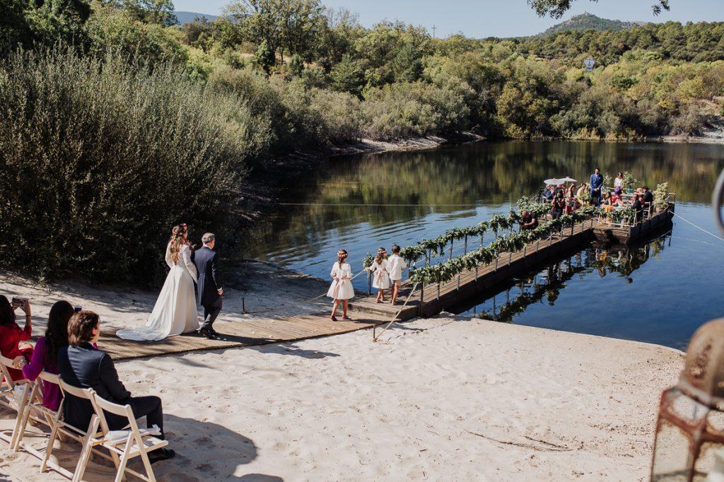 boda en finca prados moros Madrid 25 - Boda en un Embarcadero en Medio de la Sierra