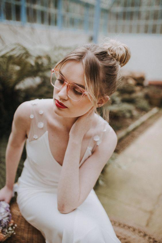 novias con gafas o lentillas - ¿Casarse con Gafas o Lentillas?