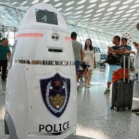 China ya cuenta con Robots policía