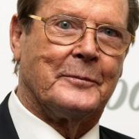 Fallece el actor Británico Roger Moore