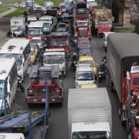 Restricción de Camiones de carga por la calle 13 en Bogota
