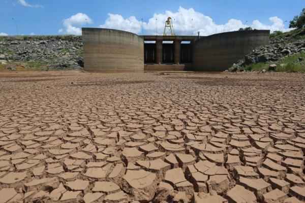 Seca na represa Jaguari, que faz parte do Sistema Cantareira