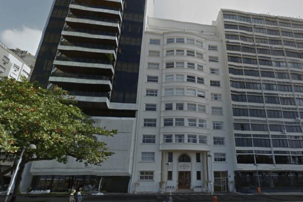 O prédio à esquerda é onde ficava a cobertura de Roberto Marinho