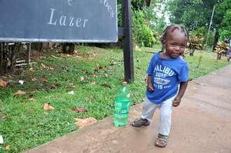 Falta água para refugiados haitianos no Acre