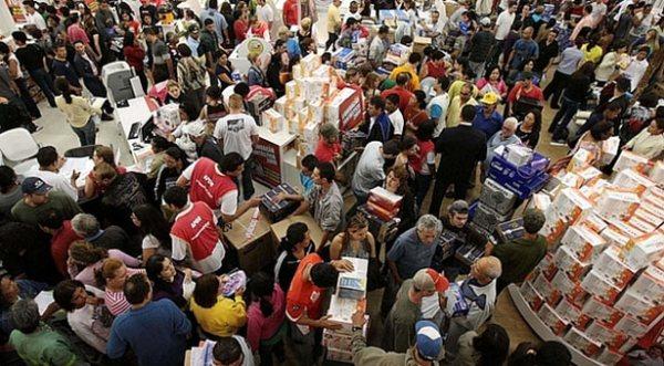 Milhões de pobres  ascenderam à classe média e foram às compras nestes 13 anos