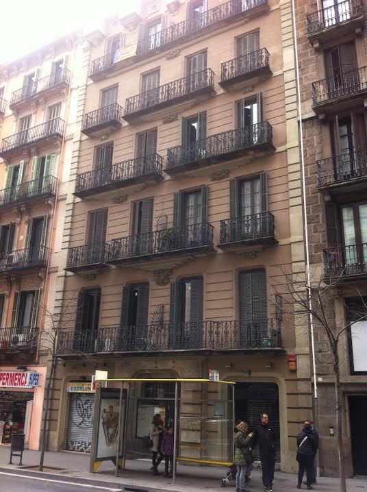 O prédio em Barcelona onde FHC comprou apartamento para o filho Tomás